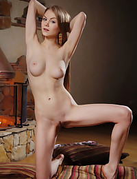 Nancy A nude in glamour MEUSE gallery - MetArt.com