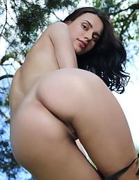 Dita V nude in erotic KATTEN gallery - MetArt.com