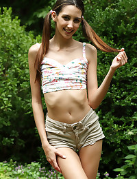 PICNIC Manhood with Natalia Nix - ALS Scan