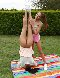 LESBIAN ACROBATICS with Katy Rose, Eveline Dellai - ALS Scan