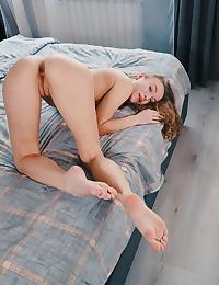 Aislin nude in erotic LUXE gallery - MetArt.com