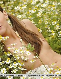 Charming, carefree and young Zita with naturally attracting assets.