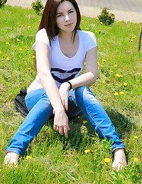 Alina J Away from Matiss - ARSETU