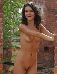 X-rated Pulchritude - Naturally Comely Inexperienced Nudes