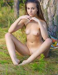 Softcore Sweetheart - Naturally Jaw-dropping Unexperienced Nudes