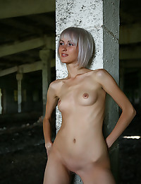 Softcore Cutie - Naturally Wonderful Fledgling Nudes