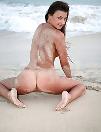 Melena A naked in erotic RENESSI gallery