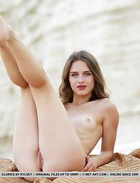 Clarice bare in erotic IMARTA gallery - MetArt.com