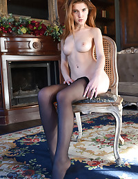 Caramel naked in glamour Introducing CARAMEL gallery