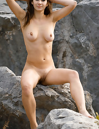 Erotic Sweetie - Naturally Magnificent Unexperienced Nudes