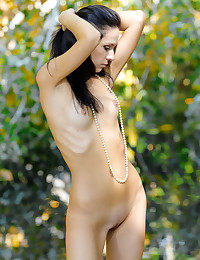 Glamour Sweetie - Naturally Splendid Fledgling Nudes