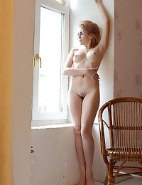 Glamour Hotty - Naturally Sumptuous Fledgling Nudes