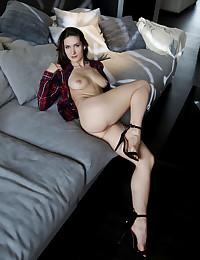Elina naked in softcore VISY gallery - MetArt.com