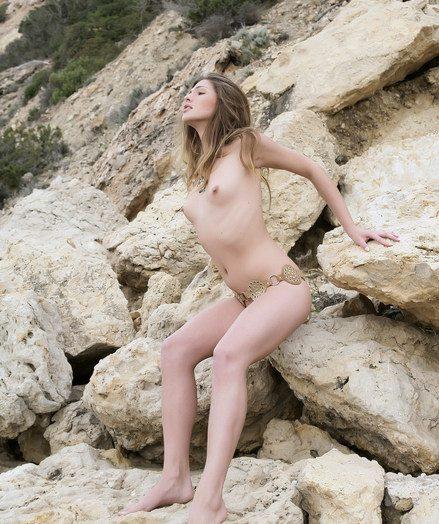 Chiara A: Corali overwrought Luca Helios