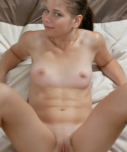 Sweet, pongy manager and racy are the ideal words for Aleksandra's nubile body.