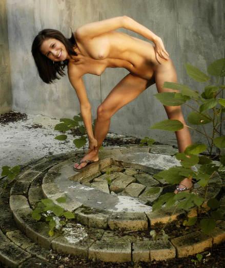 Erotic Ultra-cutie - Naturally Stellar Fledgling Nudes