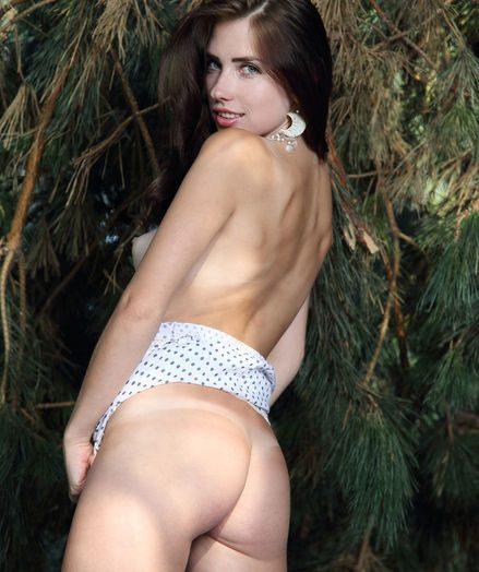 Niemira nude in softcore PAROZA gallery
