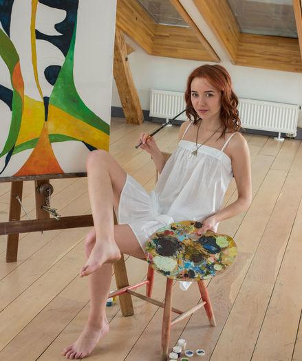 Erna bare in glamour ALNIDE gallery