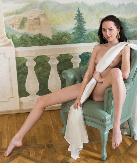 Amazing slender angel