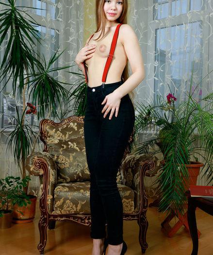Dakota naked in glamour GANTRA gallery - MetArt.com