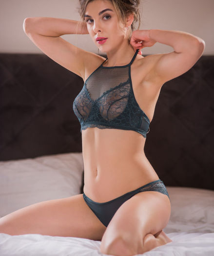 Dakota A nude in erotic ORMIA gallery - MetArt.com