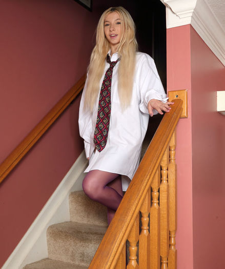 BUSINESS CASUAL with Kenzie Reeves - ALS Scan