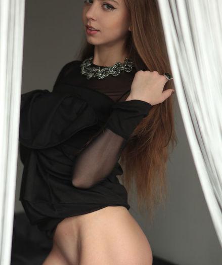 Valery Leche nude in erotic WINDOW Glance gallery
