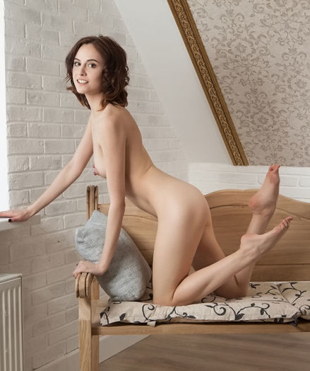 Erotic Sweetheart - Naturally Beautiful Amateur Nudes