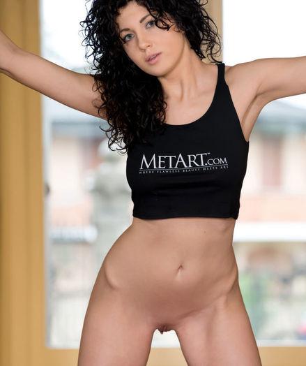 Gia Ren nude in erotic PRESENTING GIA REN gallery