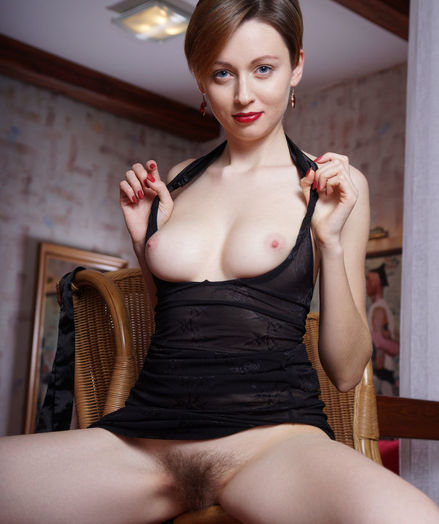 Lilu Rose nude in erotic SILK STRAP gallery