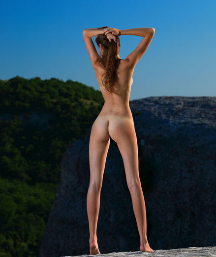 Elle Tan nude in softcore THE MOUNTAIN gallery