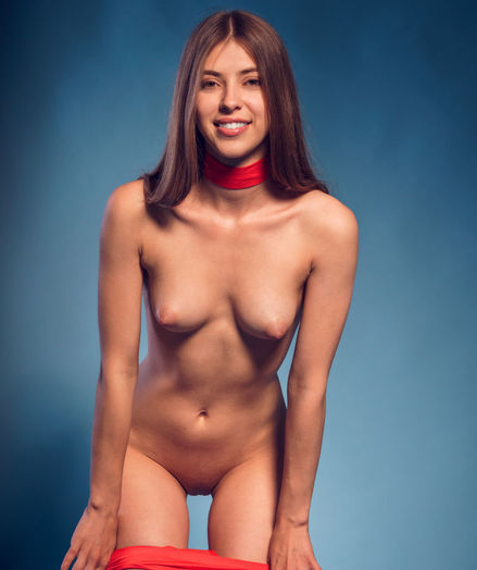 Avery nude in erotic STUDIO FUN gallery