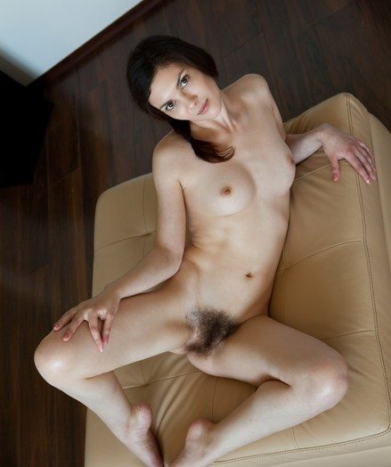 An appealing entree from a pretty newcummer apropos new and limber body.