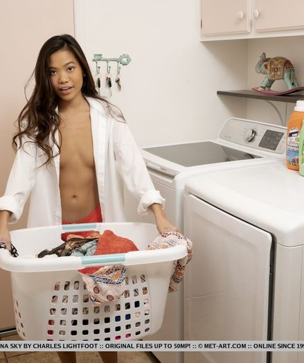 Vina Sky nude in erotic WASHING CLOTHES gallery