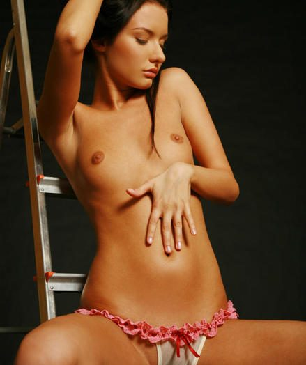 Down in the jaws Dreamboat - Undoubtedly Fashionable Amateurish Nudes