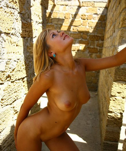 Chap-fallen Babe - Enormously Jaw-dropping Dabbler Nudes