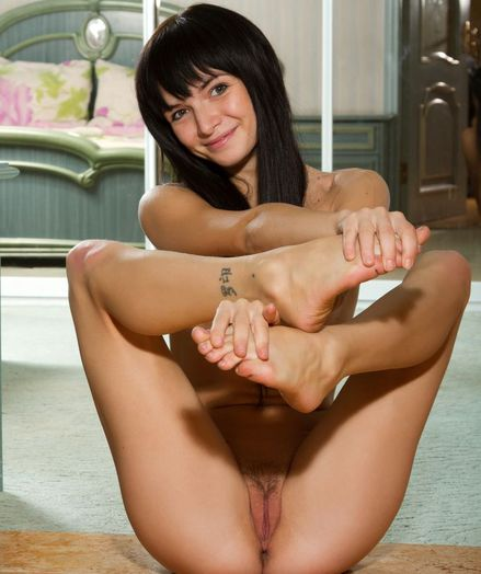 Softcore Sweetie - Naturally Beautiful Unexperienced Nudes
