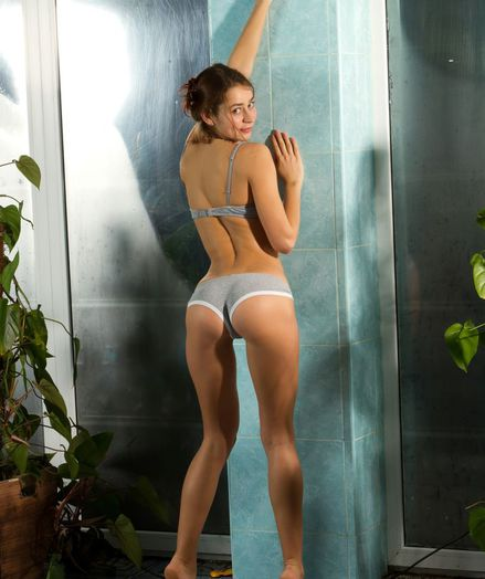 Glamour Hotty - Naturally Spectacular Unexperienced Nudes