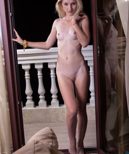 Leona Stunner BY Albert Varin - CIMADI